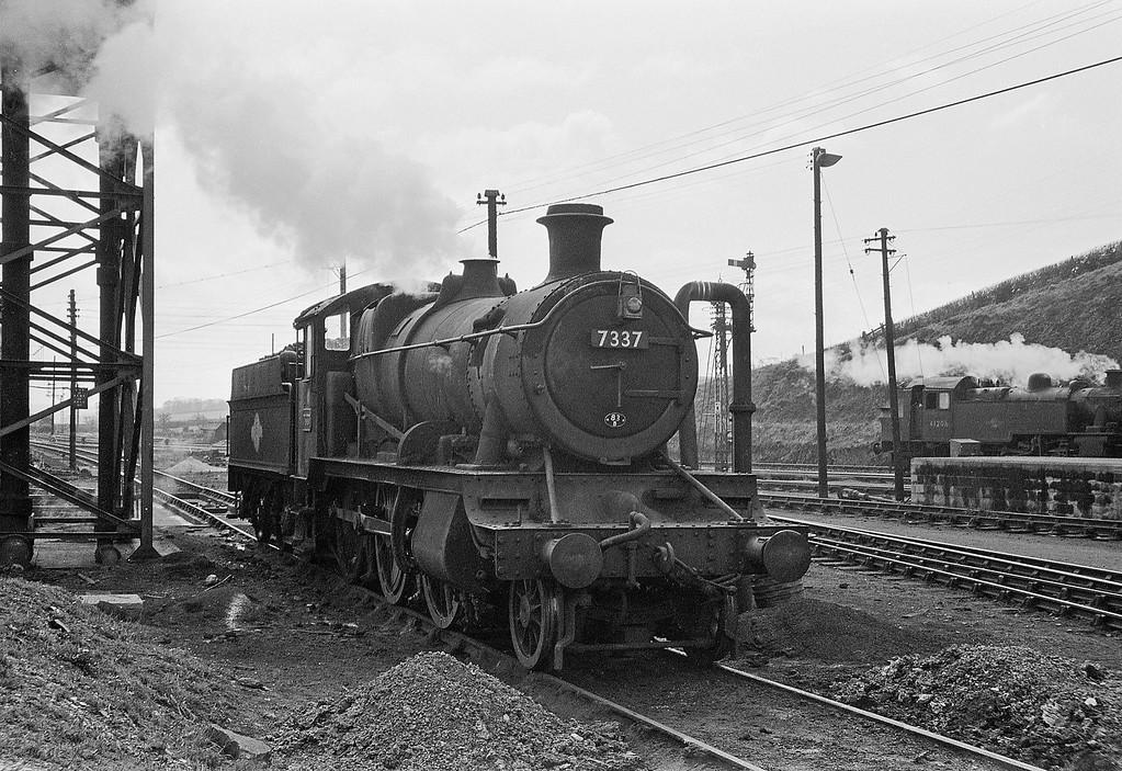 7337, Barnstaple Junction Shed, April 7, 1964.