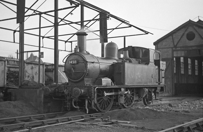 1450, Tiverton Junction Shed, April, 1964. The engine's respectable appearance is the result of the photographer's Sunday afternoon efforts with oily rags.