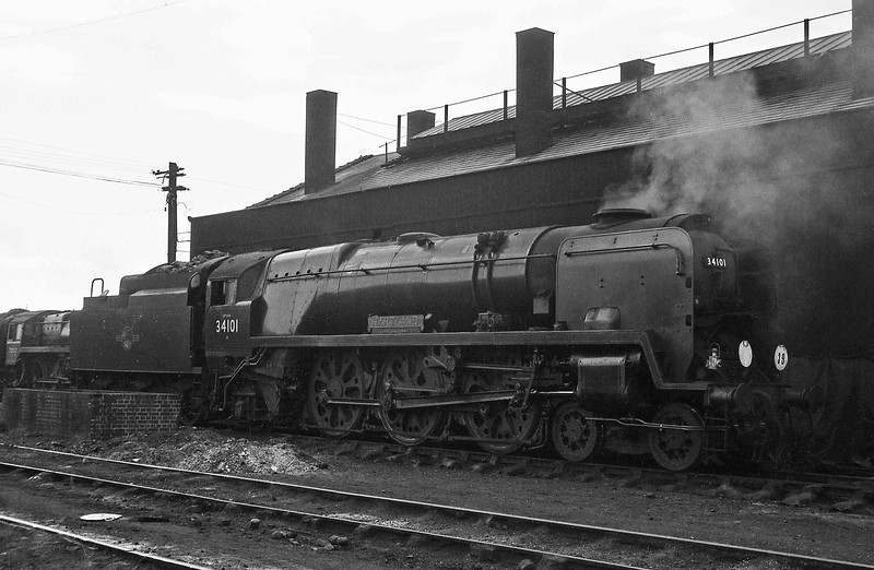 34101Hartland, Weymouth Shed, April 14, 1964.
