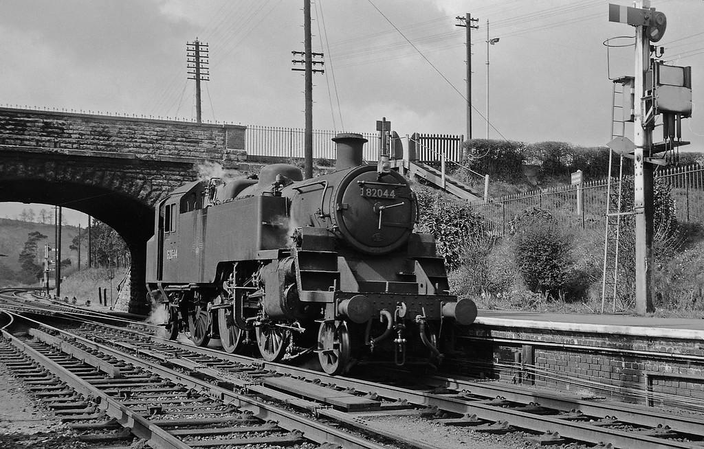 82044, running round, Yeovil Pen Mill, April 14, 1964.