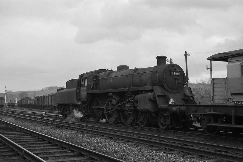 75001, shunting, Yeovil Pen Mill, April 14, 1964.
