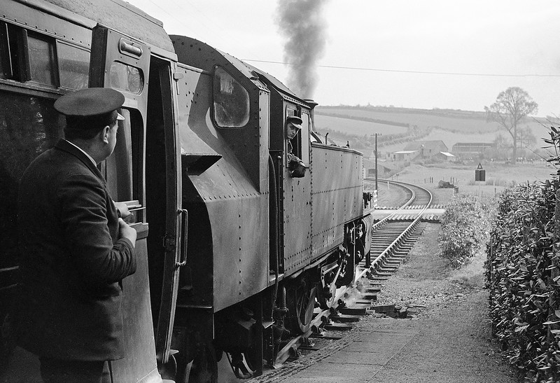 41249, Torrington-Halwill Junction, Watergate Halt, April 7, 1964.
