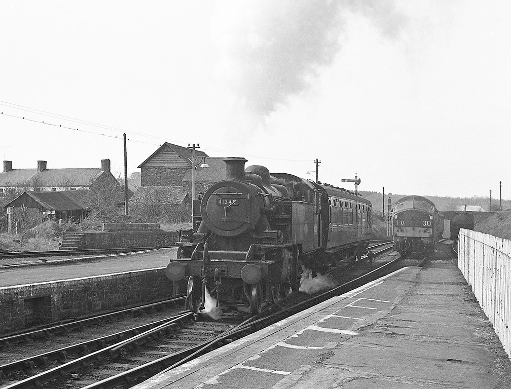 41249, Torrington-Halwill Junctrion ecs, Torrington, April 7,1964.