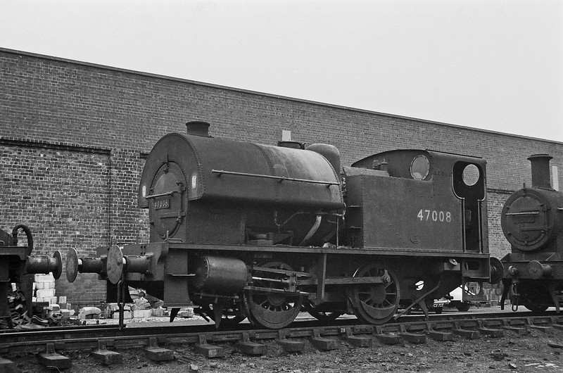 47008, Lostock Hall Shed, Preston, August 15, 1964.
