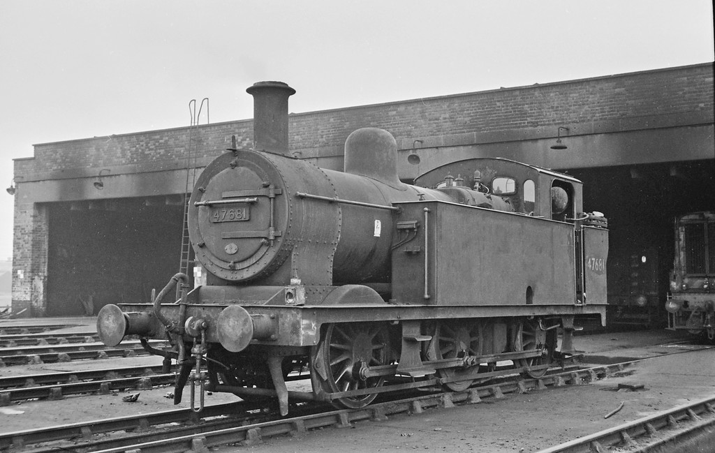 47681, Liverpool Aintree Shed, August 16, 1964.