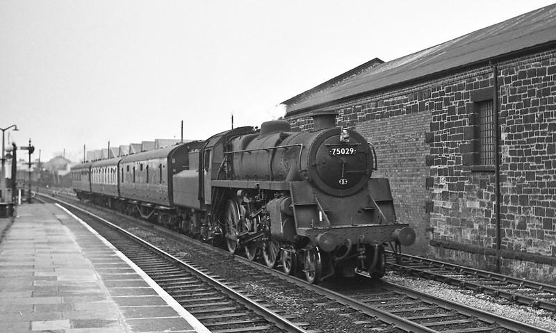 75029, westbound passenger, Wrexham, Wrexham, August 14, 1965.