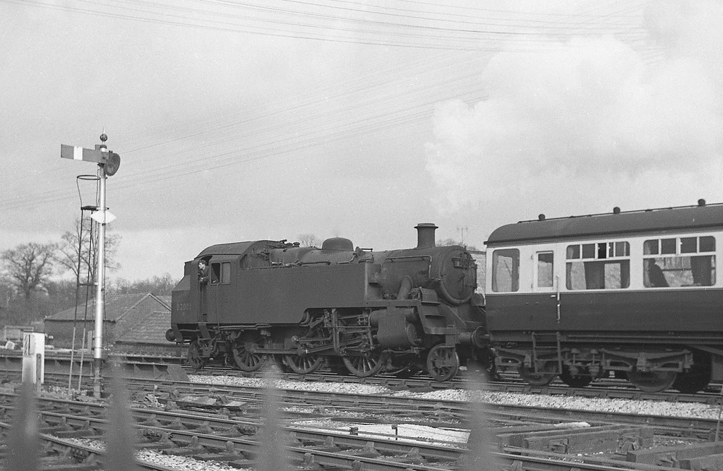 82001, up inspection saloon, Tiverton Junction, 1964.