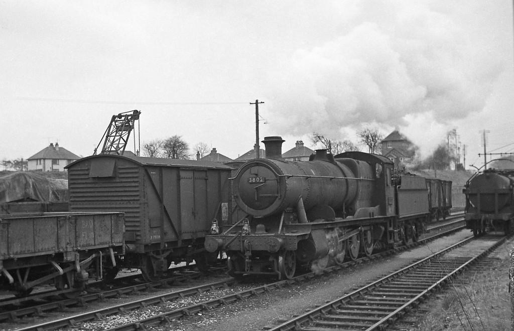 3802, assembling milk tanks train, Tiverton Junction, 1964.