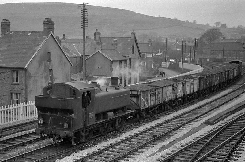 3406, southbound from Aberdare line, Abercynon, January 1, 1964.
