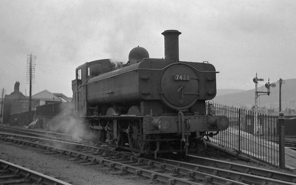 7423, Aberdare, January 1, 1964.