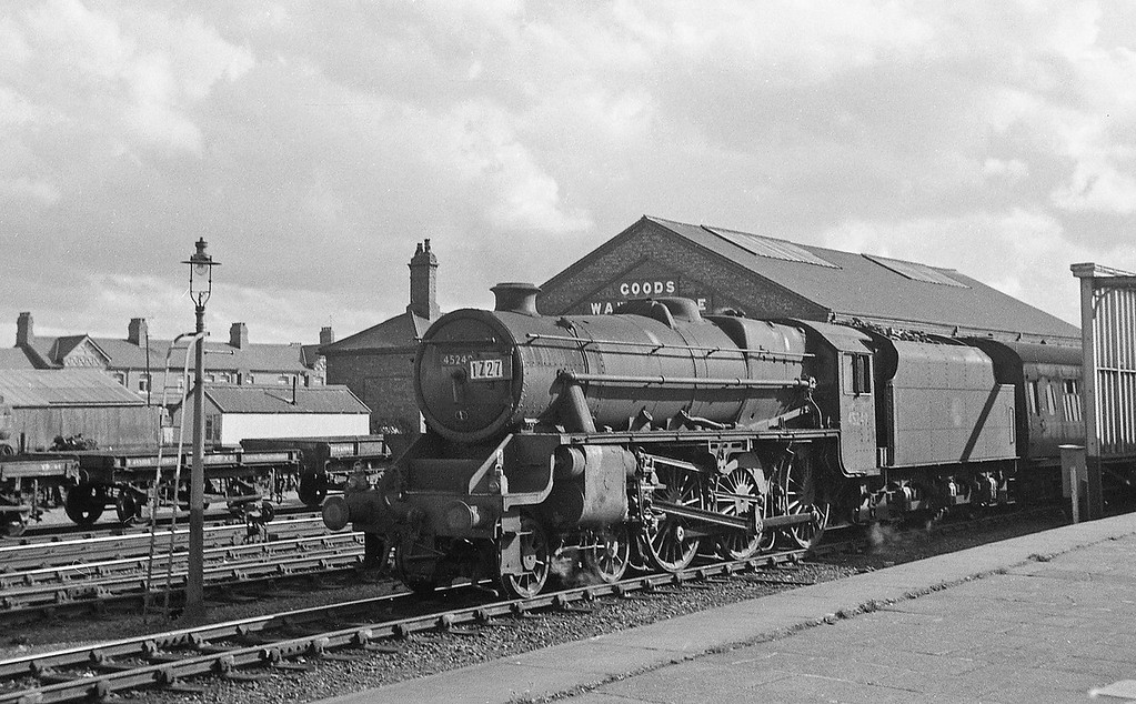 45249, up freight, Rhyl, August 5, 1965.