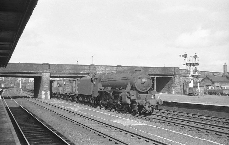 44800, down freight, Rhyl, August 5, 1965.