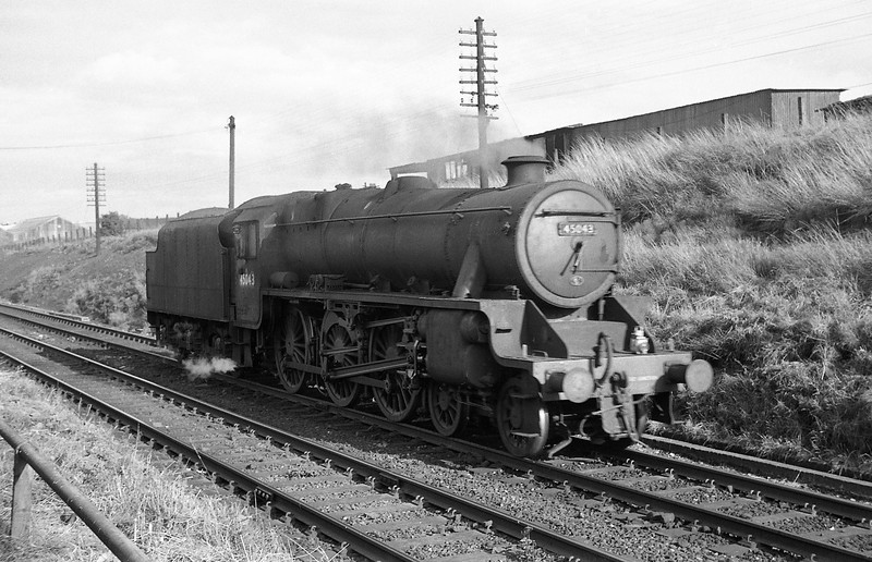 45043, down light passing Chester Shed, August 1, 1965