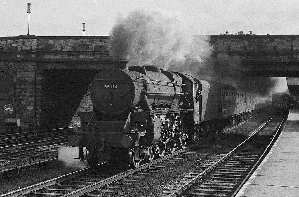 44712, up passenger, Rhyl, August 5, 1965.