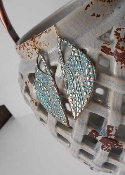 Fun & Unique Long Pod Earrings<br /> <br /> ~ Matching Necklace BN80