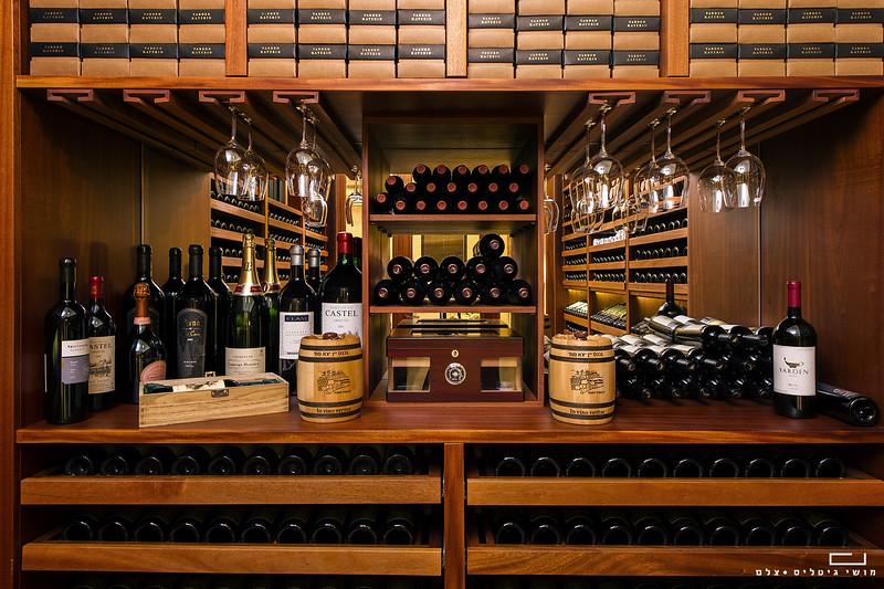 חדר יין במושב שדה עוזיהו. צולם עבור חברת כפיים - אדריכלות יין