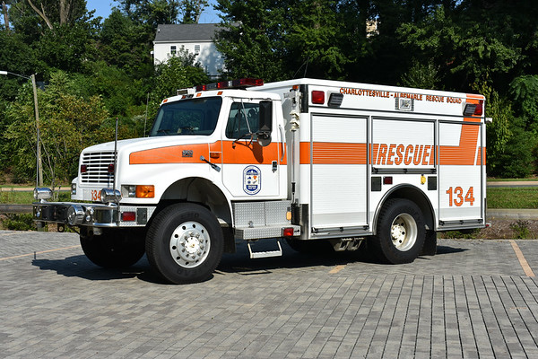 Squad 134 from CARS is a 1996 International 4800 4x4/Pierce with Pierce job number EB324.