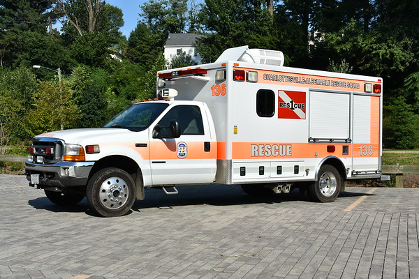 CARS - Water Rescue 136 - 2000 Ford F550/AEV