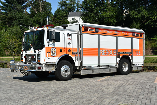 Squad 135 from CARS is a 2001 Mack MR688P/Pierce with Pierce job number 13790.