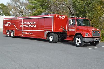 Support 29 is a 2000 Freightliner 70/Hackney/2010 HAZMAT Sales.