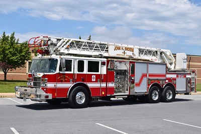 Truck 1 from the John H. Enders Fire Company in Berryville is a nice 2005 Pierce Dash/2018 Atlantic Emergency Solutions, 1500/300, 105', sn- 15977-02.  ex - Virginia Beach, Virginia, Ladder 21.  Replaces Truck 1, a 1984 E-One Hurricane, 135', that was ex- Fairfax County Truck 10.