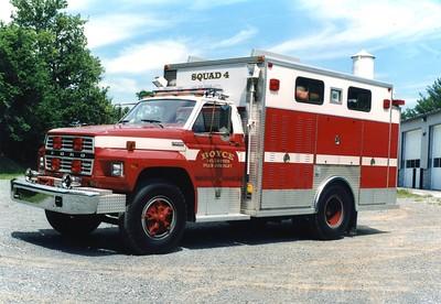 Former Squad 4, a 1982 Ford F700/EVF.  ex - Falmouth, Virginia (Stafford County)  ex - Round Hill, Virginia (Frederick County).