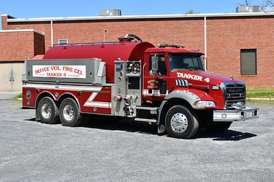 Boyce, Virginia (Clarke County) Tanker 4 is a vacuum style tanker - 2006 Mack Granite/2007 Firovac.  1000/3700.
