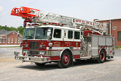 Former Truck 4, a 1999 Seagrave, 1500/500, 75'.