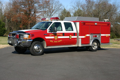 SERV 2 is this 1999 Ford F550 4×4.