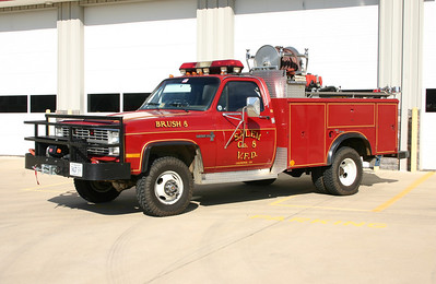 Brush 8 is a 1984 Chevy C-30/Reading/FD, 200/200.