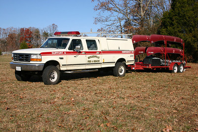Support 6 towing department boats.  Boats 6-1, 6-2, 6-3, and 6-4 are canoes. Boat 6 is a Zodiac.