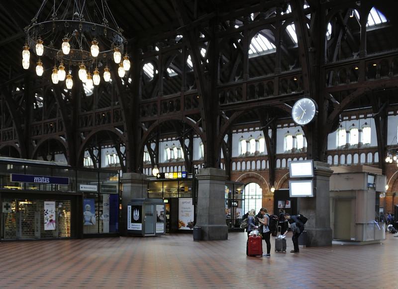 Copenhagen Central station, Sat 30 August 2014 - 0654.