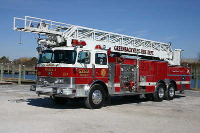 Former Truck 2 was this 1978 Duplex R-300/Pierce/LTI, 1500/300, 100', sn- 7490D.  ex- Des Moines, Iowa Ladder 7
