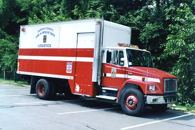 Fairfax County Logistics, a 1999 Freightliner 70/Todco, Shop #7110.