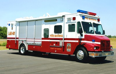Lab 401 from the Fire Marshal's Office, a 2001 Freightliner/Grumman/Mattman, Shop #7006.
