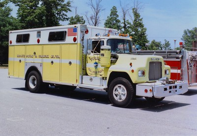 Burke's former Rescue Squad 14, a 1980 Mack R/3D Metals, 250/175/22.  Shop #V77.  Sold to St. Leonard, Maryland.