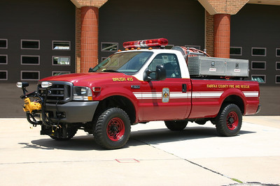 Also from Chantilly is Brush 415, this 2003 Ford F-450/Singers, 250/150, County #6422.