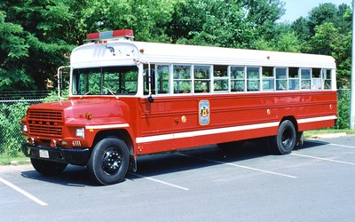 Former Bus 7, a 1990 Ford, Shop #6111.