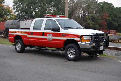Brush 402 is a 2001 Ford F-350 4x4 with a 150 gallon water tank.