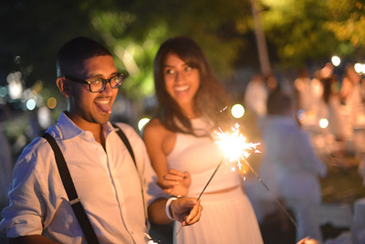 Vikram Aiyer, Smita Satiana, The global phenomenon secret dinner party, Diner en Blanc, attracted over 1,300 guests all wearing white.  The Yards Park, Thursday, September 4, 2014.  Photo by Ben Droz