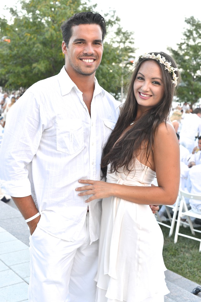 Giuseppe Lanzone, Fran Holuba, The global phenomenon secret dinner party, Diner en Blanc, attracted over 1,300 guests all wearing white.  The Yards Park, Thursday, September 4, 2014.  Photo by Ben Droz