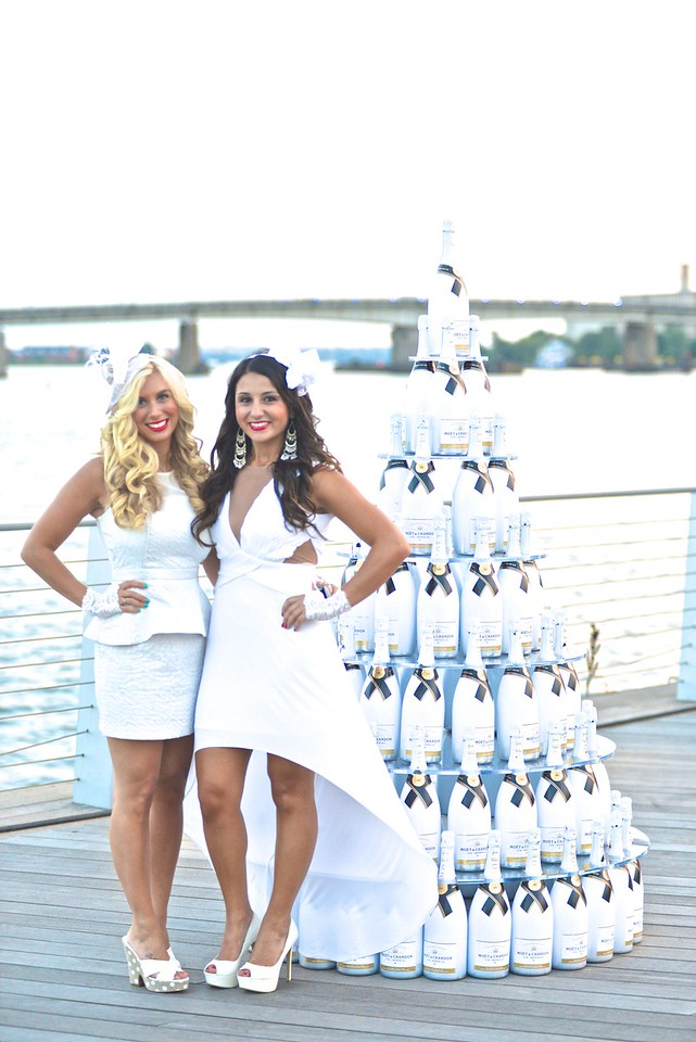 Briana Garrusso, Christina Maroun, The global phenomenon secret dinner party, Diner en Blanc, attracted over 1,300 guests all wearing white.  The Yards Park, Thursday, September 4, 2014.  Photo by Ben Droz