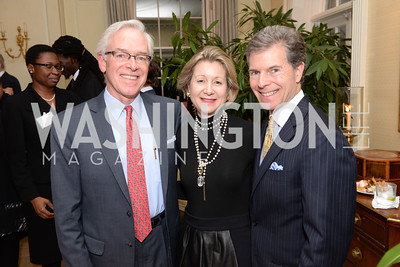 Christopher Ritzert, Christie and Jeff Weiss, Teach for America, Cocktails and Conversation, the Home of Katherine and David Bradley, Wednesday, November 5, 2014, photo by Ben Droz.