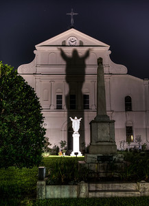 christ-statue-shadow-1