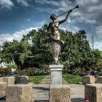 park-statue-1