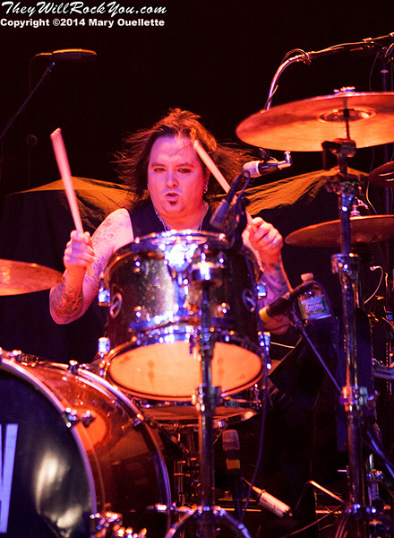 Gilby Clarke performs at teh Casino Ballroom in Hampton Beach NH on July 25, 2015
