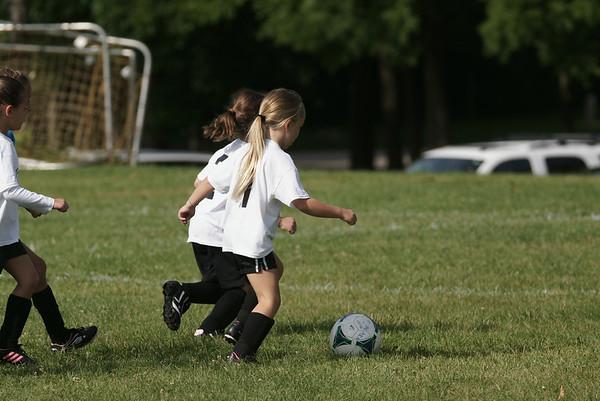 Girls U8 Soccer Fall 2014