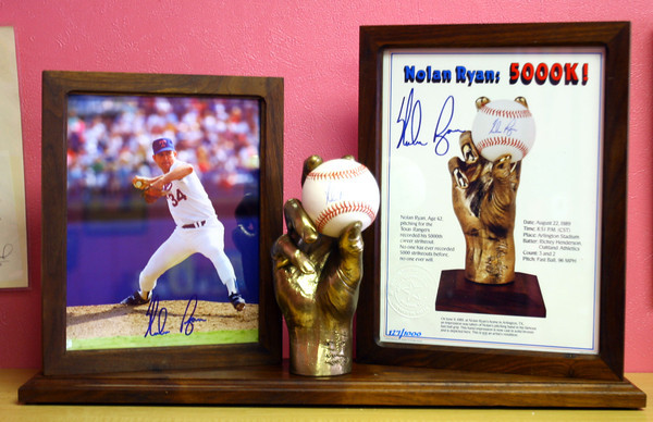 10-10-13  --  Finders Keepers in Peru --  Nolan Ryan signed set $425<br />   KT photo | Tim Bath