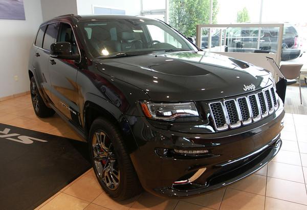 7-30-13<br /> Button Motors<br /> Jeep Grand Cherokee<br /> KT photo | Kelly Lafferty