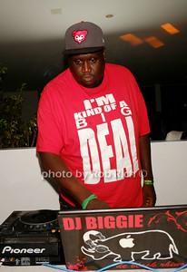DJ Biggie photo by Rob Rich/SocietyAllure.com © 2014 robwayne1@aol.com 516-676-3939